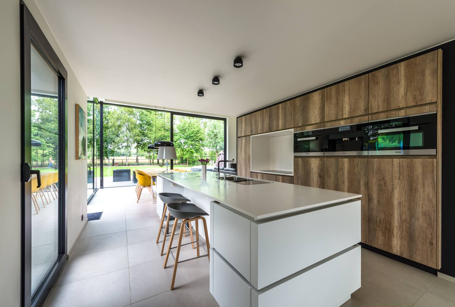 Keuken tv kast en bureau ontwerp u flex design