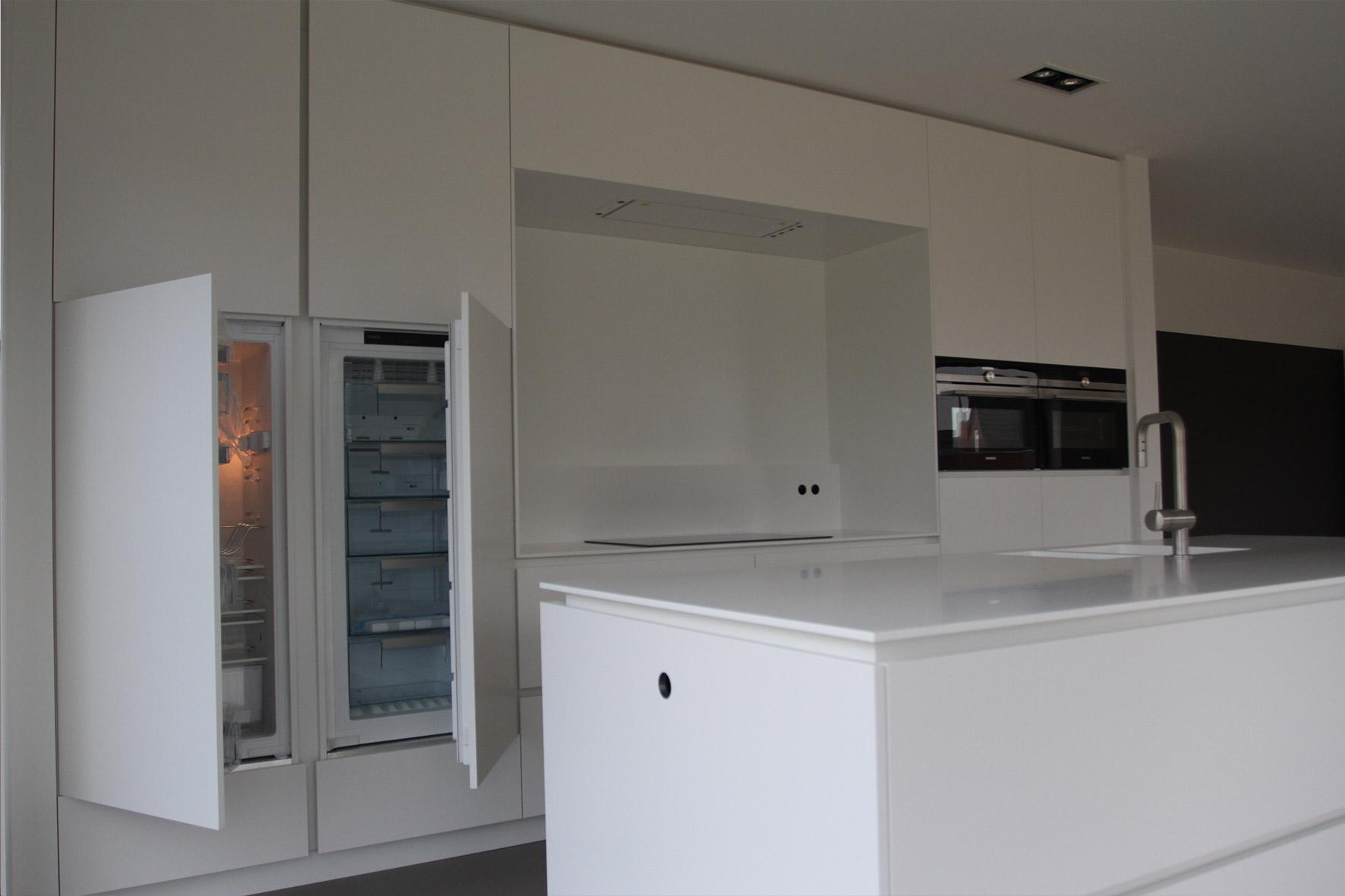 Creatief wand design diy - Model keuken wit gelakt ...